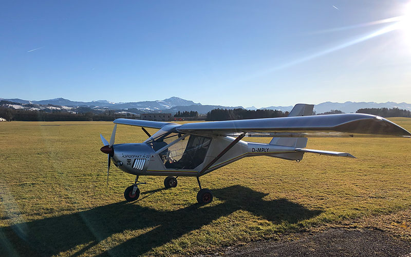 Mit dem Ultraleichtflugzeug über die Bayerischen Seen fliegen